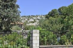 Thassos, am 23. August: Landschaft von Theologos-Dorf von Thassos-Insel in Griechenland Lizenzfreie Stockbilder