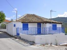 Thassos, el 23 de agosto: Casa tradicional en el pueblo de Theologos de la isla de Thassos en Grecia Imágenes de archivo libres de regalías