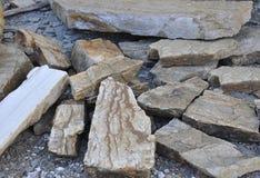 Thassos, el 23 de agosto: Cubra la pizarra de la construcción en el pueblo de Theologos de la isla de Thassos en Grecia Fotografía de archivo libre de regalías