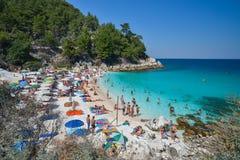 THASSOS, GRÈCE - 5 septembre 2016 - plage de marbre - plage de Saliara, île de Thassos, Grèce Photos libres de droits