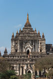 Thatbyinnyu tempel den högsta templet i Bagan, Myanmar royaltyfria foton