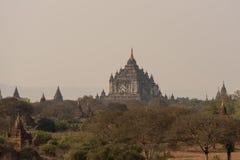 Thatbyinnyu tempel den högsta templet i Bagan, Myanmar arkivbild