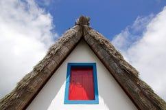 Thatched крыша Стоковые Изображения