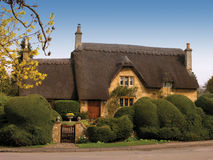 Thatched house. An old thatched house in Chipping Campden, England Royalty Free Stock Photography
