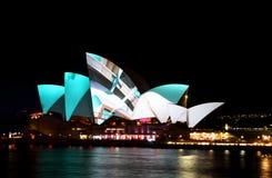Théatre de l'$opéra de Sydney sur Sydney vif Image stock