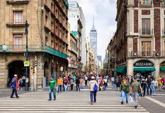 Free The Always Busy Madero Boulevard In Downtown Mexico City Royalty Free Stock Images - 123003699