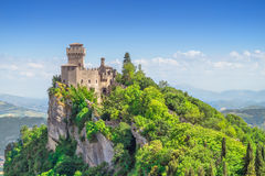 Free The Cesta Tower On Monte Titano In San Marino Stock Photography - 97502382