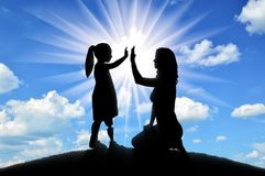 Free The Child Is A Disabled Girl With A Prosthetic Leg With Her Mother On The Hill Stock Photos - 124195853