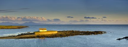 `The Church In The Sea` At Porth Cwyfan, Anglesey Stock Photo