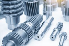 Free The Close-up Scene Of Various Type Of The Pinion Gear Parts Shaft In The Light Blue Scene. Royalty Free Stock Photo - 172246925