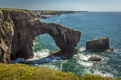 Free The Green Bridge Of Wales And The Pembrokeshire Coast, Wales Royalty Free Stock Image - 107632366