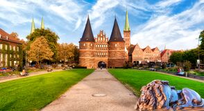 Free The Holsten Gate Or Holstentor In Luebeck Old Town On A Sunny Day. Germany, Schleswig-Holstein Royalty Free Stock Photo - 208067185