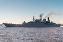 Free The Large Landing Ship Minsk Of Project 775 Passes Near Kronstadt During The Rehearsal Of The Naval Parade. July 17, 2020 Royalty Free Stock Photo - 191069345