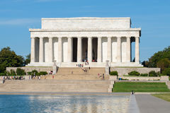 Free The Lincoln Memorial And The Reflecting Pool In Washington Royalty Free Stock Image - 77668326