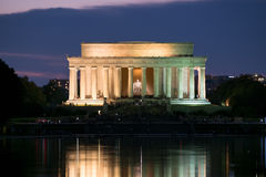 Free The Lincoln Memorial And The Reflecting Pool In Washington Illum Royalty Free Stock Image - 78642306