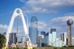 The Margaret Mc-Dermott Bridge And Downtown Dallas Stock Image