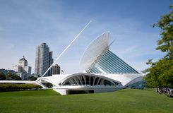 Free The Milwaukee Art Museum, Which Overlooks Lake Michigan In Wisconsin. Also Known As The The Calatrava. Royalty Free Stock Photos - 158591398