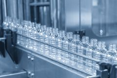 Free The Plastic Bottle In The Conveyor At The  Factory Stock Images - 111171654