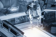 Free The Robotic Arm Use In Electronics Production Line With The Lighting Effect. Stock Photo - 141557840