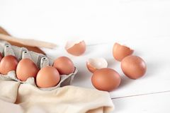 Free The Rustic Kitchen With Eggs Stock Photo - 105010040