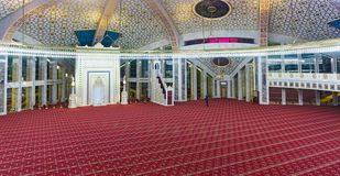 Free The Tourist Examines And Photographs The Interior Of The Mosque Named After Aymani Kadyrov In The City Of Argun, Chechen Republic Stock Images - 149833484