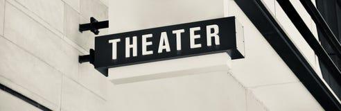 Theater op het Vierkant en het Theater royalty-vrije stock afbeeldingen