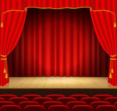 Theater-Stufe mit rotem Trennvorhang Lizenzfreie Stockbilder