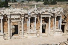 Theater van Hierapolis in Turkije stock foto's
