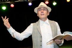 Theaterdarsteller, der Rolle probt stockfotos