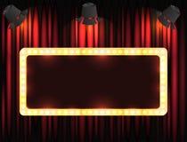 Theaterteken of bioskoopteken op gordijn met vleklicht Stock Afbeeldingen