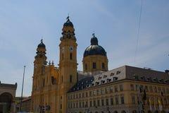 Theatinekerk, katholieke kerk in München Duitsland stock afbeelding