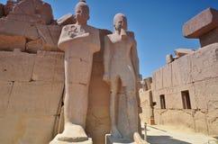 thebes de temple de série de karnak de l'Egypte statues Lyuksor Egipet Photos libres de droits