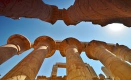 thebes för tempel för egypt karnakserie Kolonnen egypt Arkivfoton