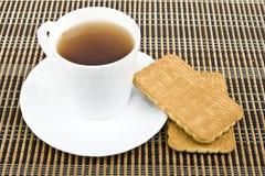 Thee en koekjes. Stock Afbeeldingen