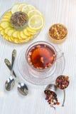 Thee, fruitthee, Kop thee, diverse soorten thee, thee op de lijst Stock Fotografie
