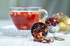 Thee, fruitthee, Kop thee, diverse soorten thee, thee op de lijst Stock Afbeelding