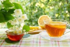 Thee met citroen en honing Royalty-vrije Stock Fotografie