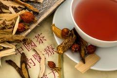 Thee voor traditionele Chinese geneeskunde Stock Afbeelding