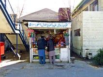 theebox bij station in Quetta, Balochistan royalty-vrije stock foto