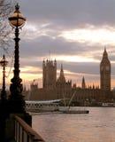 Theems, de Big Ben stock afbeeldingen