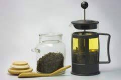Theepot met thee. Stock Afbeelding