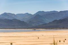 Theewaterskloofdam in de Westelijke Kaap tijdens de droogte van 2017 stock afbeelding