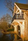 Themse-Fluss Boathouse Lizenzfreie Stockfotos