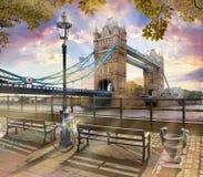 Themse, Turm-Brücke, London lizenzfreies stockbild