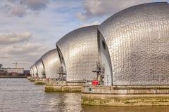 Themsenbarriär, London - arkivfoton