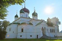 Theodore Stratelates & x27; s kathedraal van 16de eeuw in Feodorovsky-klooster in pereslavl-Zalessky, Rusland stock afbeelding