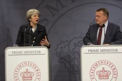 Theresa May Visits Danish Prime-Minister in Copepenhagen Stock Foto's