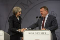 Theresa May Visits Danish Prime-Minister in Copepenhagen Stock Afbeelding