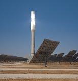 Thermal solare della torretta centrale immagini stock