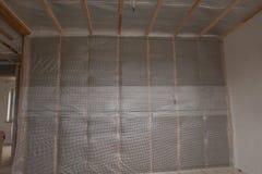 Thermal- und hidroisolierung ummauern neues Wohnheim des Isolierungsbaus lizenzfreie stockfotografie